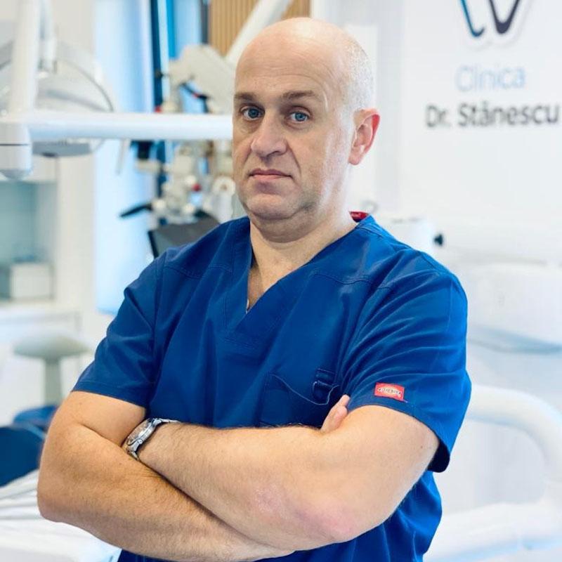 https://clinicadrstanescu.ro/wp-content/uploads/2020/10/Bogdan-Mirodot-doctor-new-profil-1.jpg