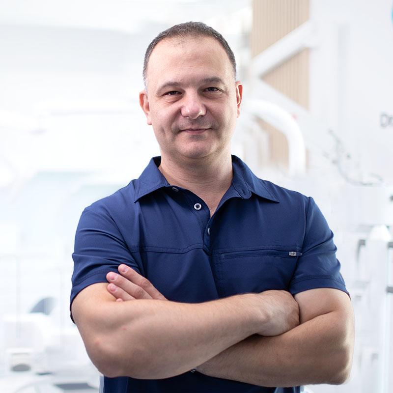 https://clinicadrstanescu.ro/wp-content/uploads/2020/10/dr-silviu-stanescu-medic-specialist-3-1.jpg